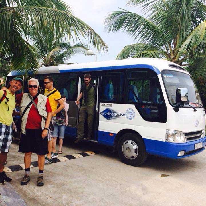 Bus Hanoi- Sapa-Halong Bay