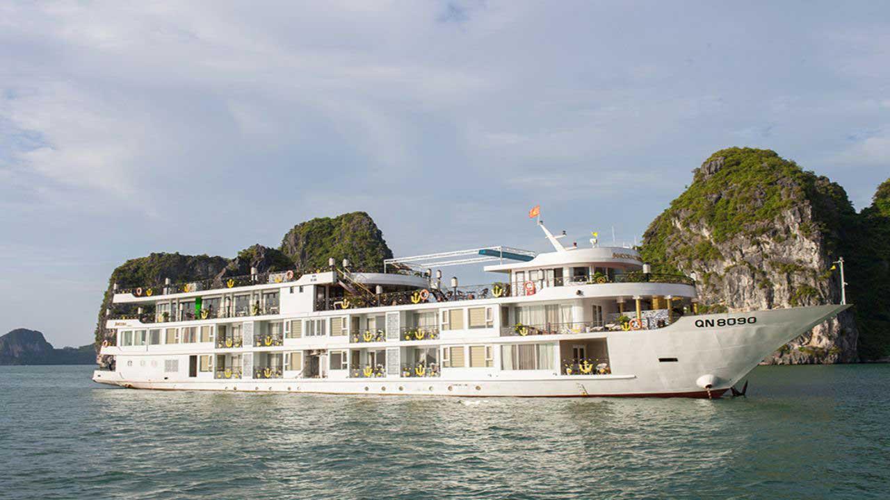 Du thuyền Ancora Cruise đem đến cho bạn một trải nghiệm vô cùng thú vị với hành trình Hà Nội – Bái Tử Long một cung đường còn khá mới . .