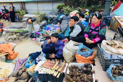 sapa-market-Smile Travel