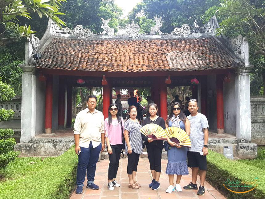 Van Mieu Quoc Tu Giam- Smile Travel